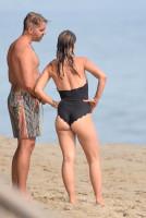 fb1b23ab95097fd03f8b52520ec9e39ath - Celebrities nipslip, cameltoe, upskirt, downblouse, topless, nude, etc