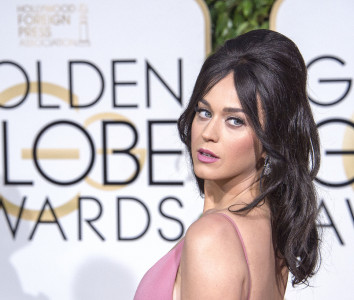 Katy Perry 73rd Golden Globes (68)