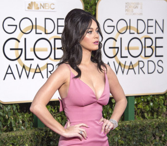 Katy Perry 73rd Golden Globes (69)