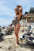 04713a24c7b210038b6bbf3f9b1498dbth - Celebrities nipslip, cameltoe, upskirt, downblouse, topless, nude, etc